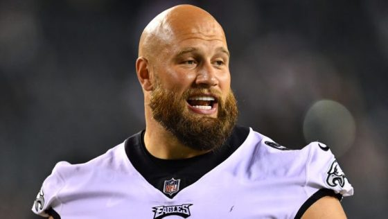 Eagles' Lane Johnson inactive for personal matter